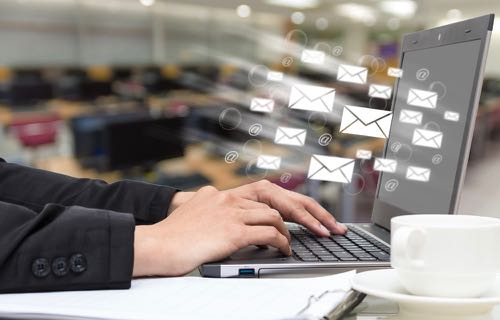 Sollicitations multiples des clients par email