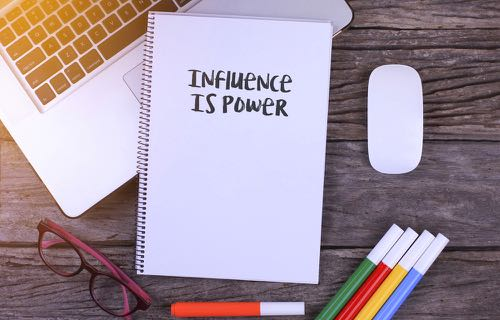 Devenir influencer sur Linkedin